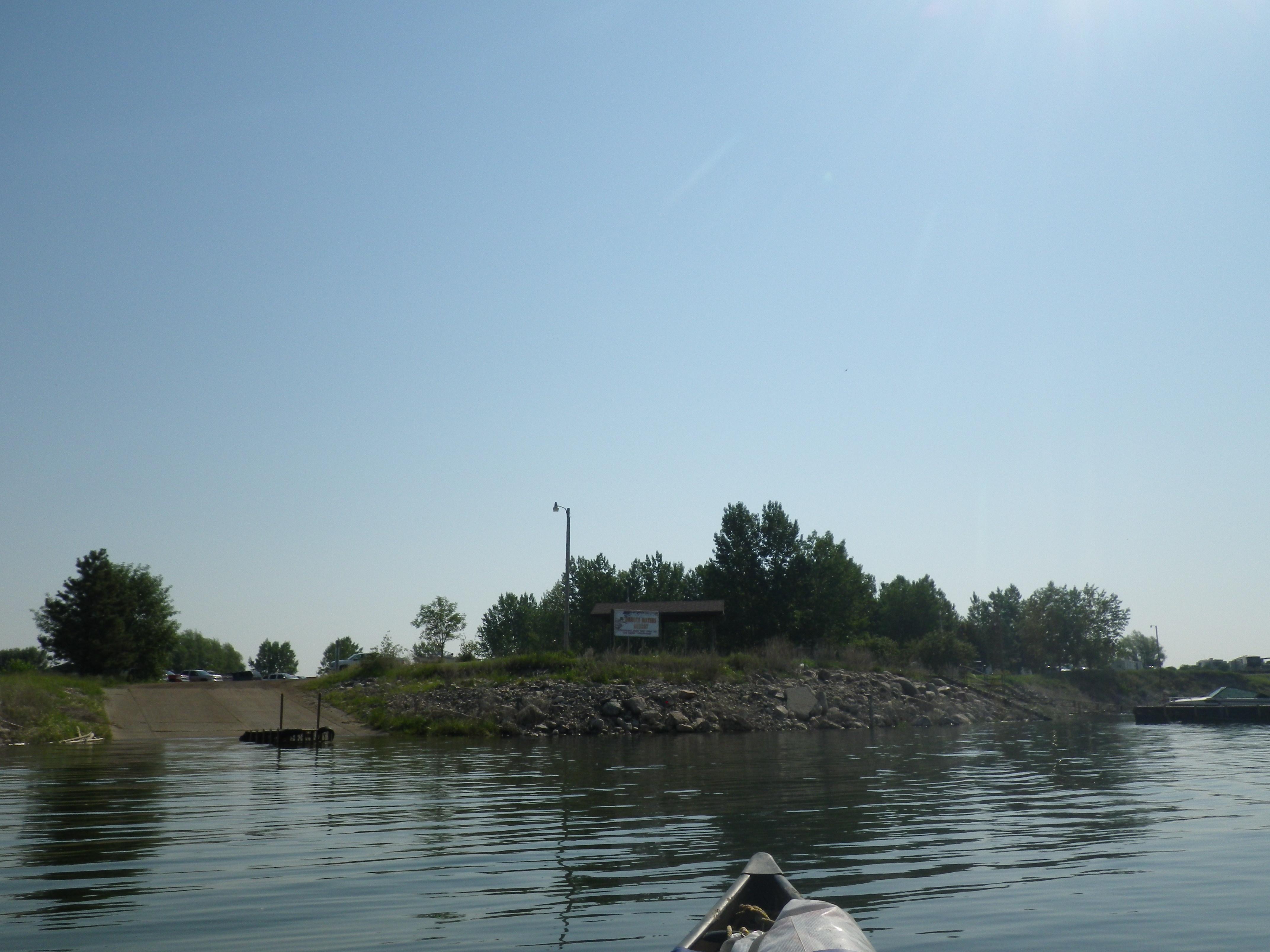 Lake sakakawea renamed lake black cat canoe voyage for Lake sakakawea fishing