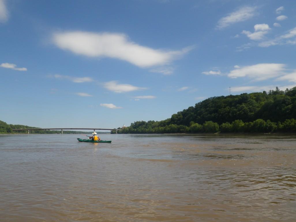 Gary paddling